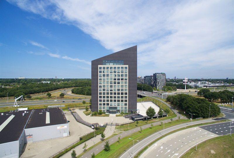 04061-entrada-tilburg-1-800×539